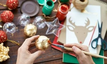 Helpful hints to reduce your waste this Christmas